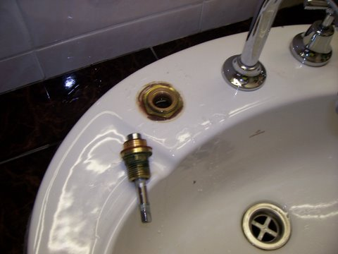 How to replace Tap Washers
