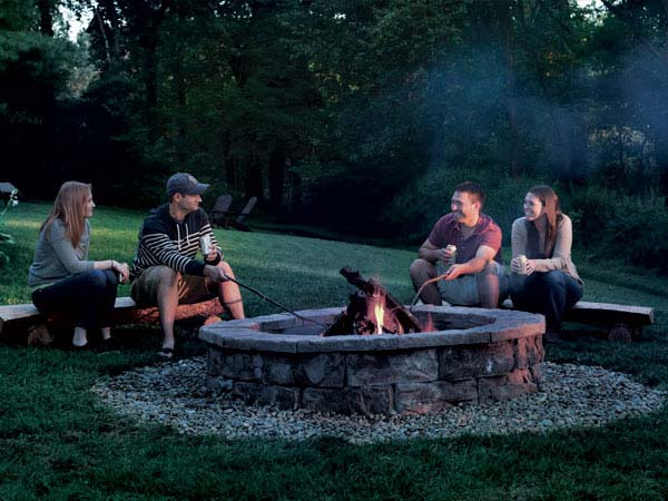 how to build a fire pit in the backyard